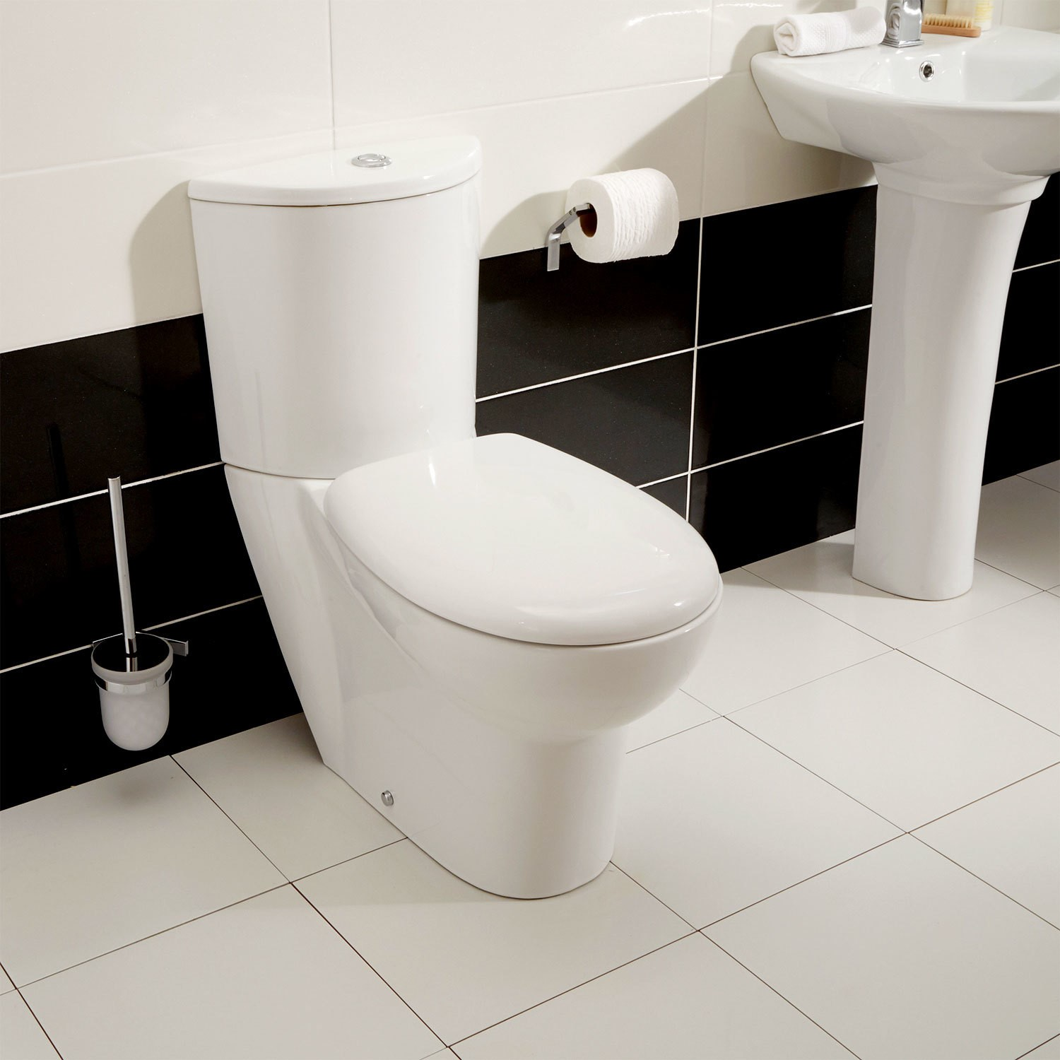 Plumbing Tools Prima Close Coupled Toilet and Seat