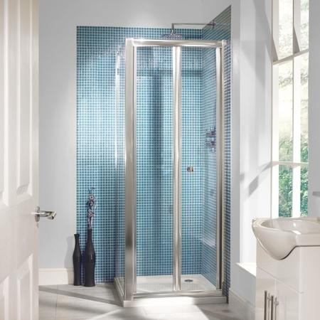 GRADE A1 - 760mm Bi-Fold Shower Door 6mm Glass - Aquafloe