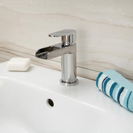 Mara Waterfall Basin Single Lever Tap
