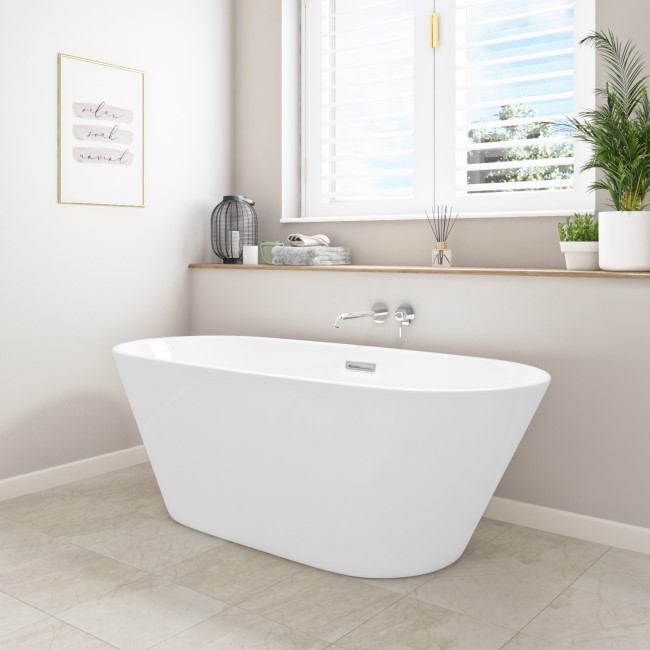 Bari Freestanding Double Ended Bath - 1500 x 700mm