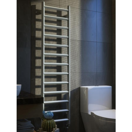 Metallic Silver Vertical bathroom Towel radiator 1560 x 400mm