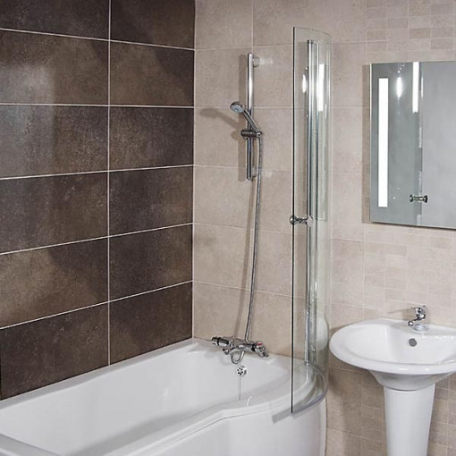 Whirlpool 1500 x 850 Right Hand P-Shaped Shower Bath with 6 Jets & Curved Screen