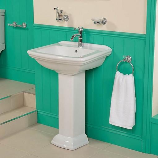 Steel Line 1500 Bath Suite without Tap Holes