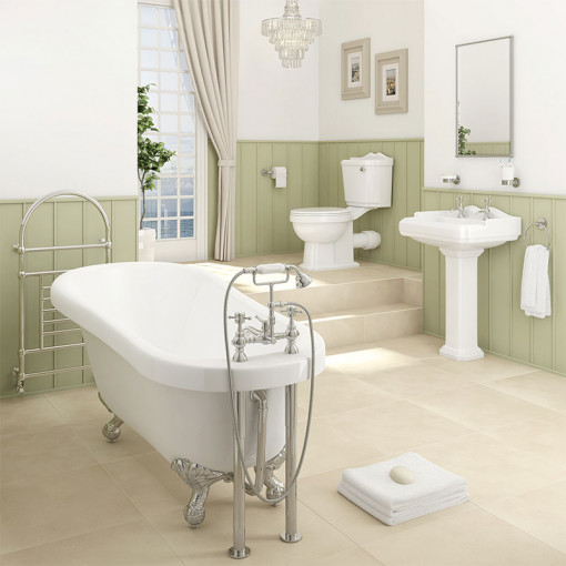 1700 Park Royal™ Traditional Bathroom Suite