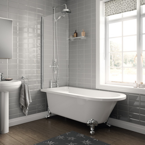 1670 Freestanding Single Ended Bath with Screen