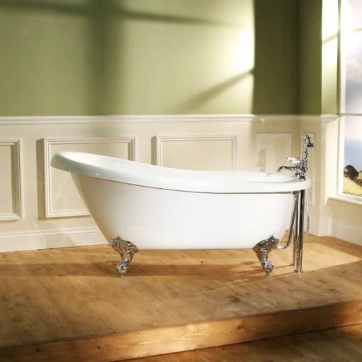 1570 x 705 Park Royal™ Slipper Bath with Bath Waste