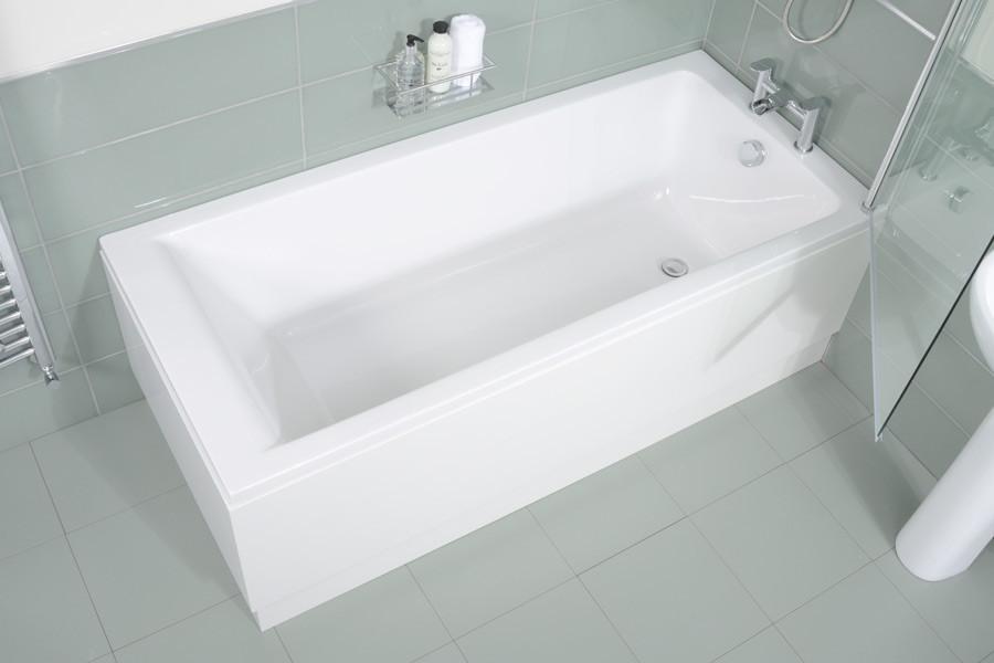 Carona 1700 X 700 Single Bath With Screen