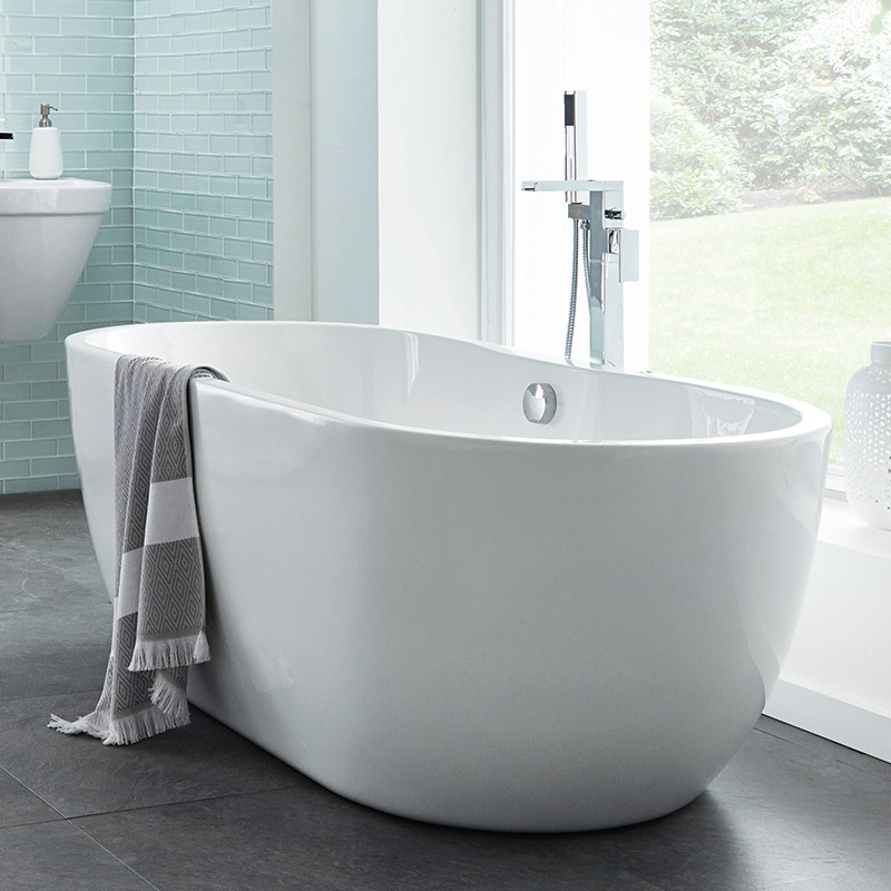 Lisbon 1650 x 750 luxury freestanding bath for Best freestanding tub material