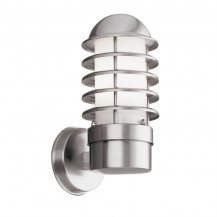 Stainless Steel Outdoor Wall Light With Polycarbonate Diffuser