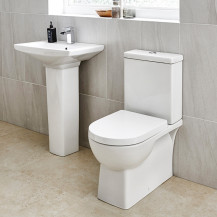 Modena™ 60 Full Pedestal Bathroom Suite