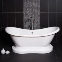 1760 x 740 Park Royal™ Boat Bath