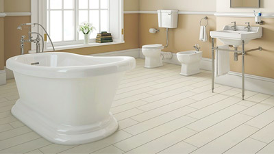 1700 Park Royal Slipper Bath with Low Level Toilet Complete Suite